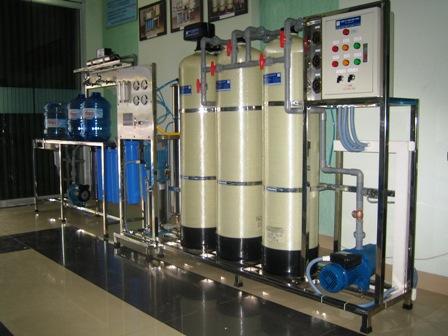 Máy lọc nước công nghiệp bao nhiêu tiền